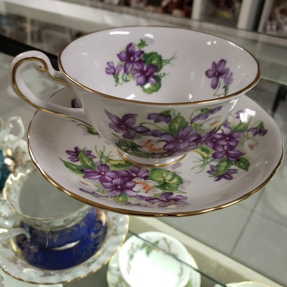 Royal Chelsea Tea Cup & Saucer - Booth C21