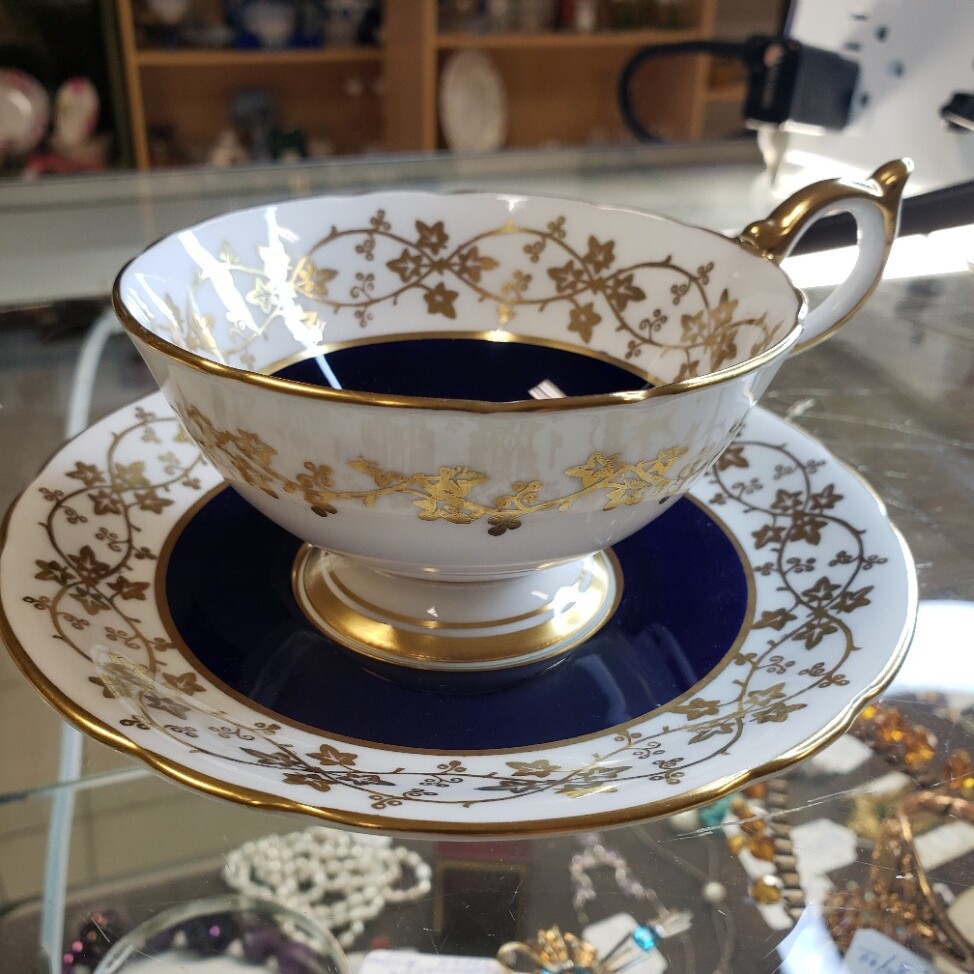 Aynsley - Cup and Saucer C1295 - Booth B43