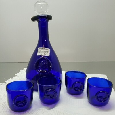 Holmegaard Decanter set with 4 glasses - Booth A47