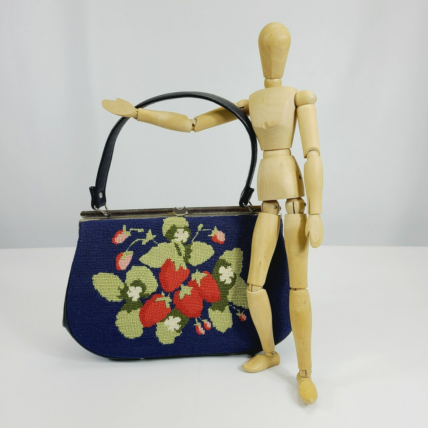 Late 1950s - Early 1960s  Exquisite Needlepoint HandBag