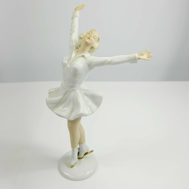 Schaubach Kunst - Goebel - Sonja Henie Ice Skater Statuette