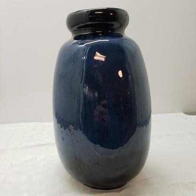 Blue Ceramic Vase - D58