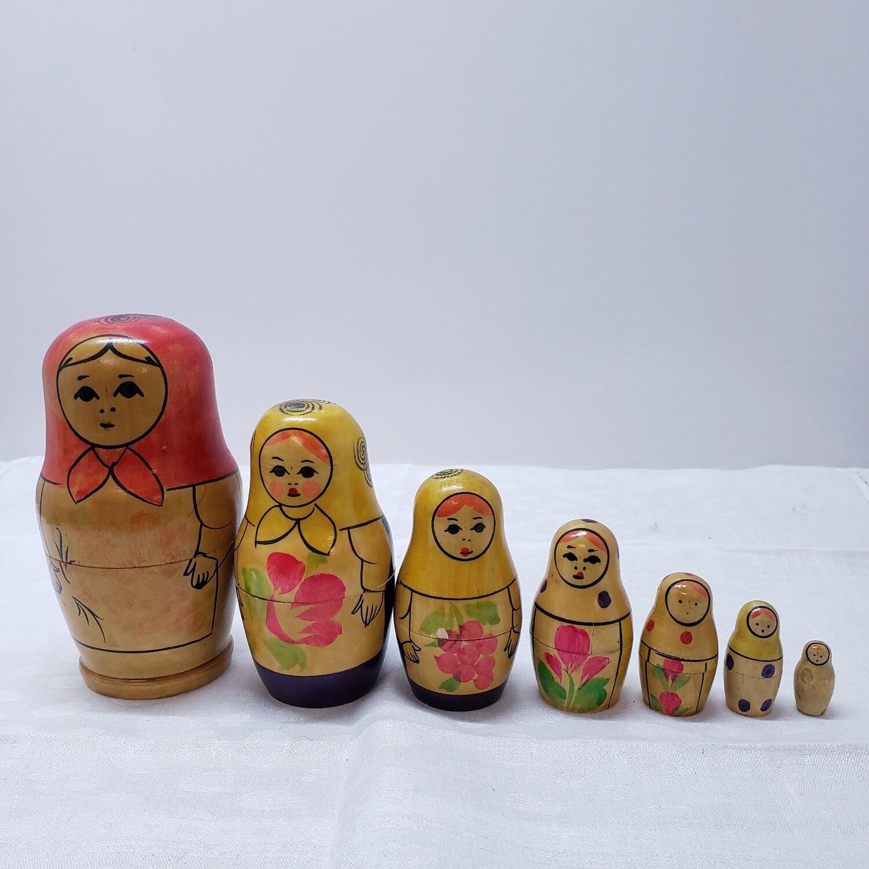 Matryoshka doll - Stacking Dolls - 7 dolls
