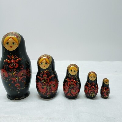 Matryoshka doll - Stacking Dolls - 5 dolls
