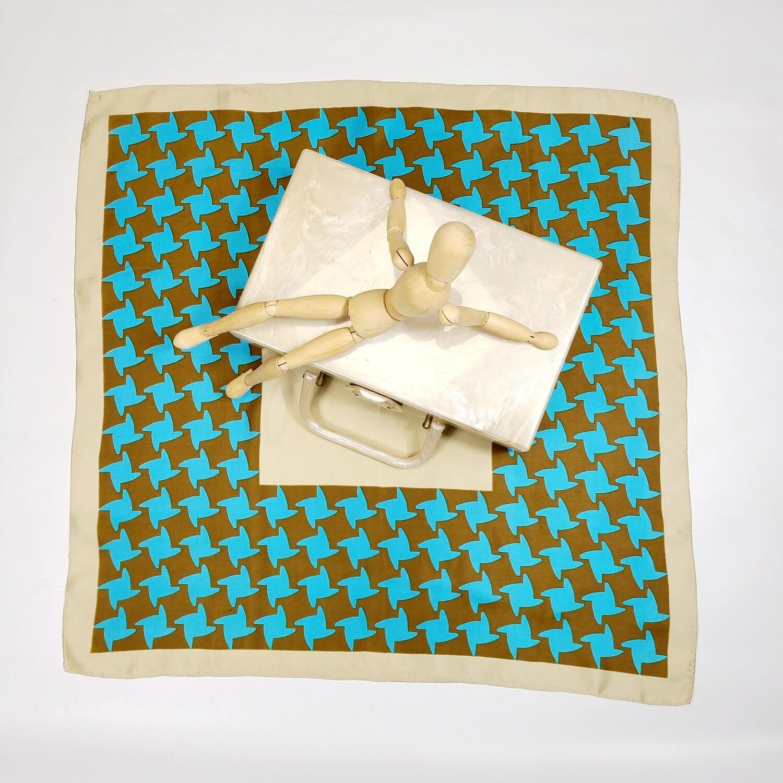 1950s Marbleaux Champahne Swirl Lucite Box Purse & Silk Print Square