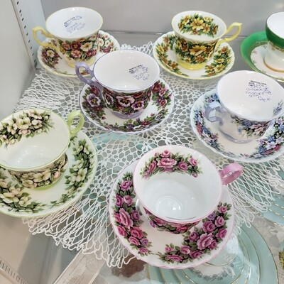 Royal Albert 6 set Royal Fragrance Tea Cup & Saucer set