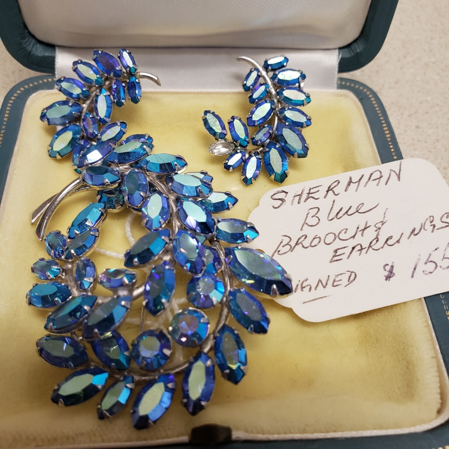 Sherman Brooch and Earring Set - V86