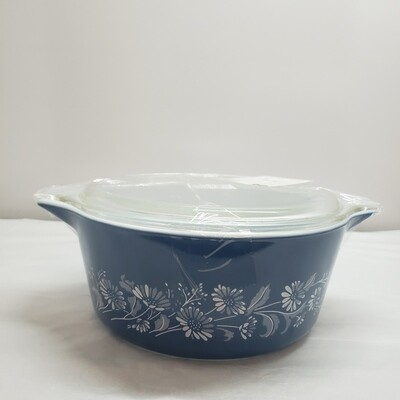 Pyrex Bowl with Lid-A39