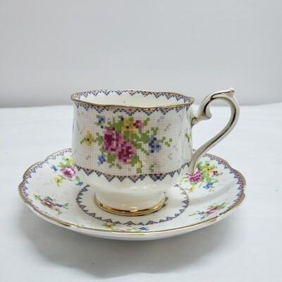 Royal Albert - Tea Cup & Saucer - Booth A123