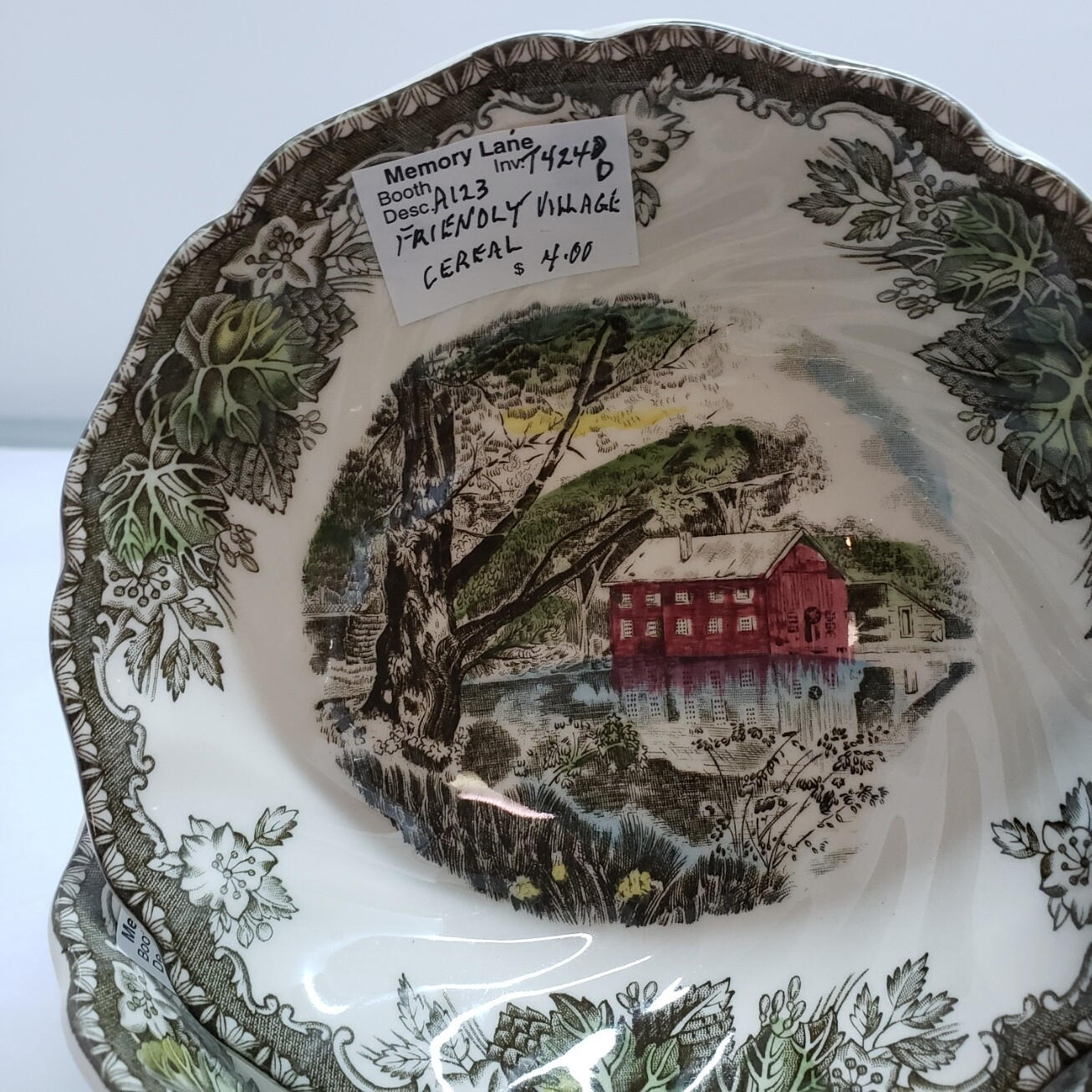 Friendly Village - Johnson Brothers - Cereal Bowl 6 inch  - Booth A123
