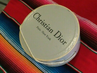Christian Dior Hat box - hat - B85