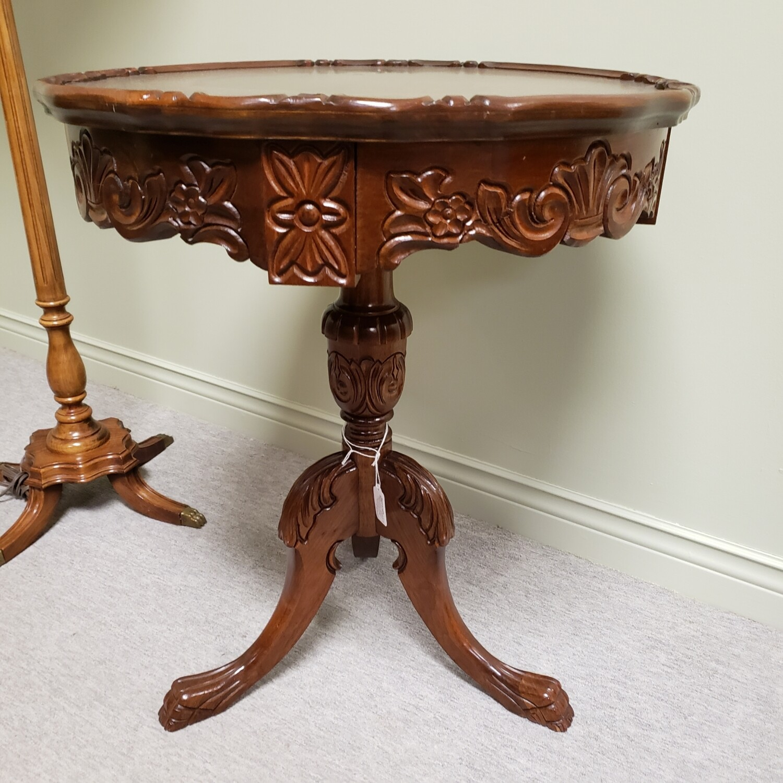 Mahogany pedestal table - C21