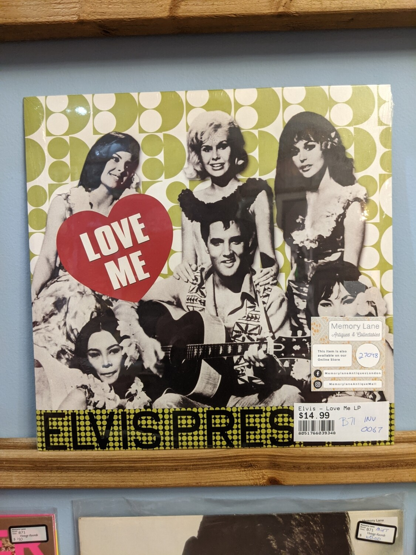 Elvis -  LP - Love me