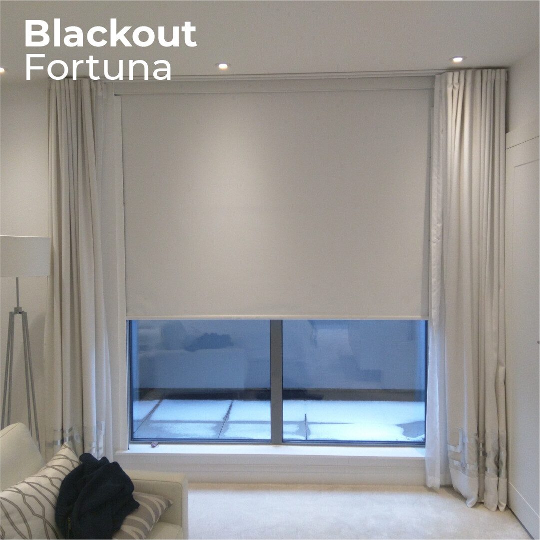 Cortina Roller Blackout Fortuna - 1.5m ancho x 2.4m alto