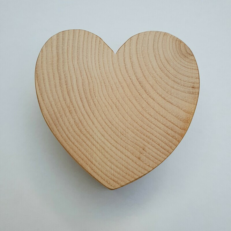 Arven Herz aus Bündner Arve Handgemacht