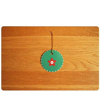 Green, White & Red Gift Tags (set of 6)