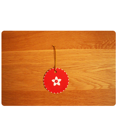 Red & White Gift Tags (set of 6)