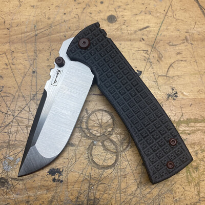 Chaves 229 G-10 Frag Pattern Drop Point Custom 1