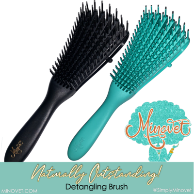Naturally Outstanding Detangling Brush