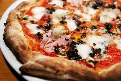Capricciosa Pizza