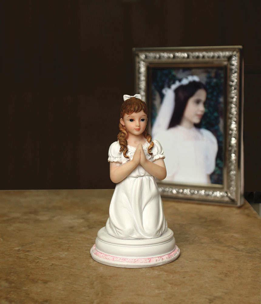 Communion Girl's Figurine