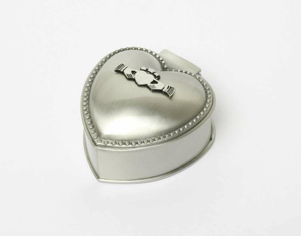 Mullingar Pewter Heart Shaped Claddagh Jewellery Box