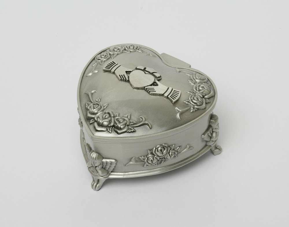 Mullingar Pewter Rose/Heart Shaped Claddagh Jewellery Box