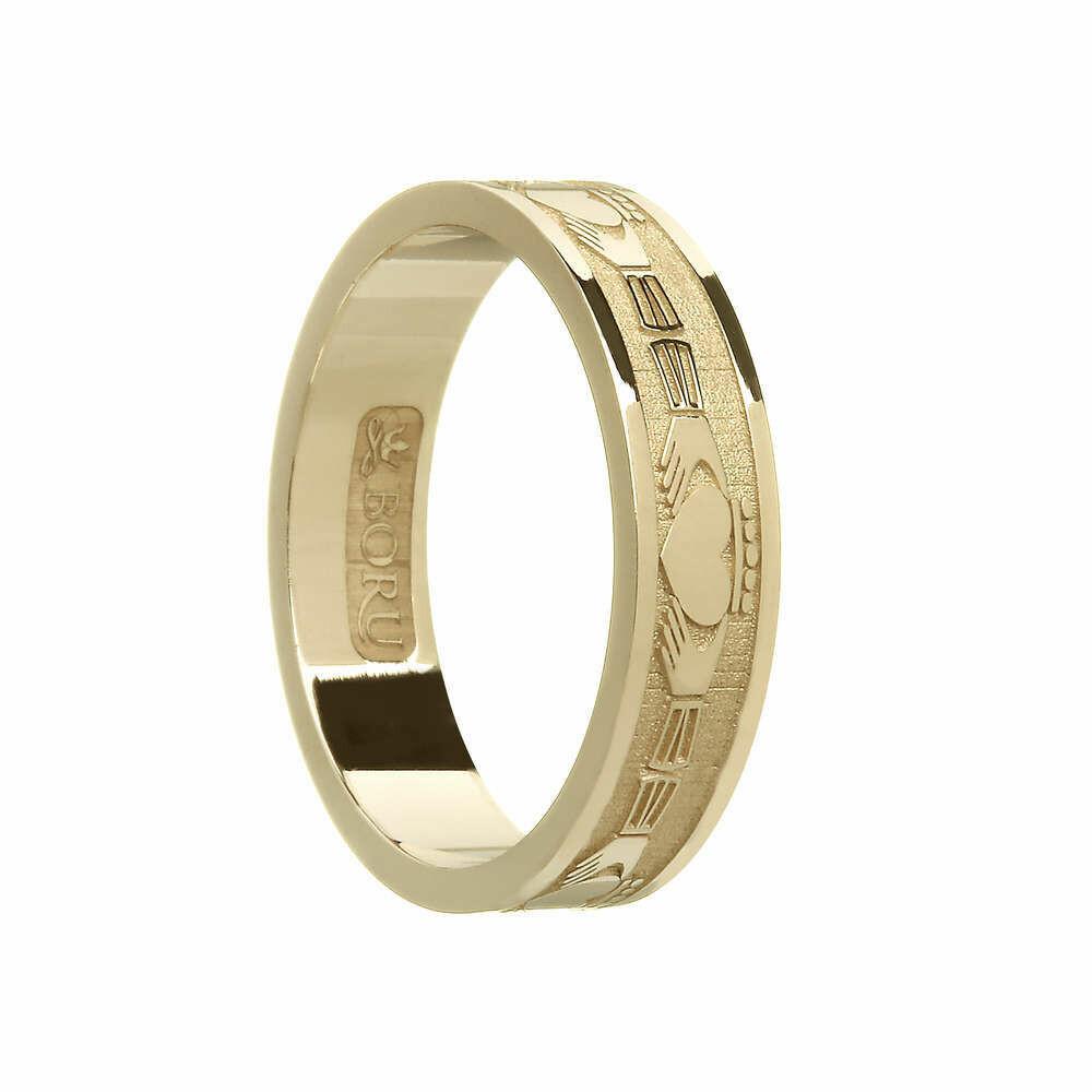 Ladies 10kt Gold Claddagh Wedding Band