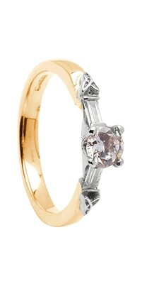 14kt Gold 1 x .33cts + 2 x .11cts Baquettes Engagement Ring