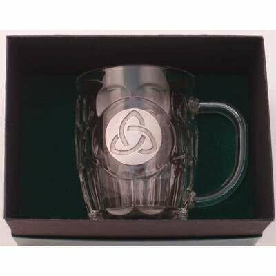 20 Oz. Britannia Mug with Pewter Finish Trinity Knot