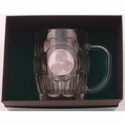 20 Oz. Britannia Mug with Pewter Finish Newgrange Spirals