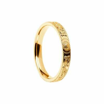 Narrow 10kt Gold Celtic Warrior® Shield Wedding Band, Comfort Fit