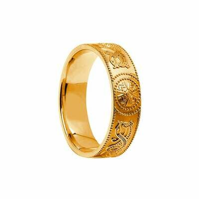 Mens 10kt Gold Celtic Warrior® Shield Wedding Band, Comfort Fit