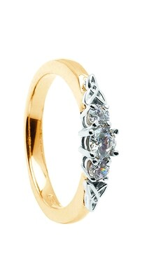 14kt Gold 1 x .25cts + 2 x .10cts Diamond Engagement Ring