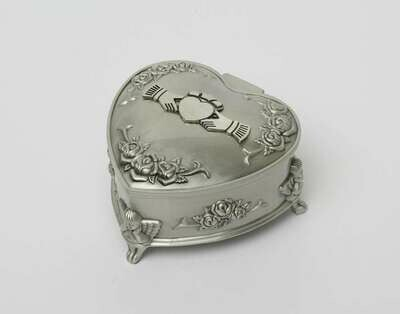 Mullingar Pewter Rose/Heart Shaped Claddagh Jewellery Box