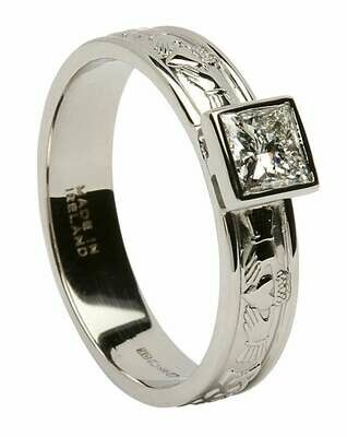 14kt Gold Corrib Claddagh Solitare Princess Cut Diamond