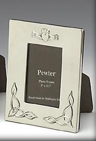 """Mullingar Pewter 3"""" x 1.5"""" Claddagh Frame Small"""