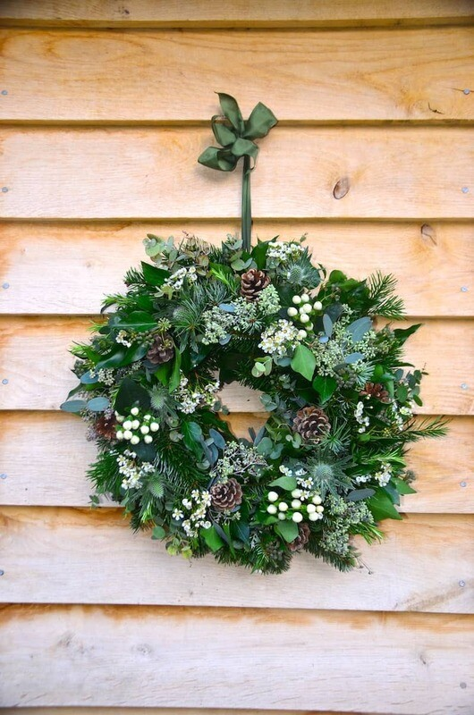 Natural White Christmas Wreath