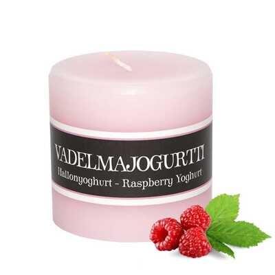 Kynttilä, vadelmajugurtin tuoksu