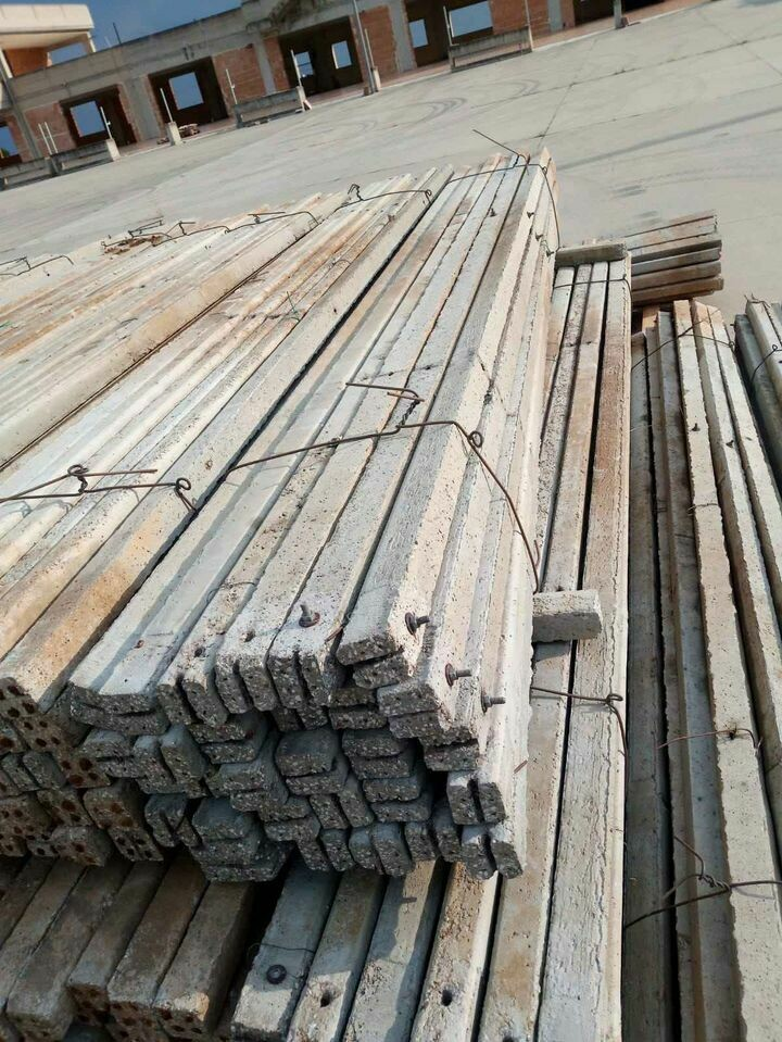 Pali di cemento in acciaio armonico