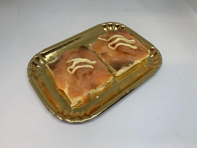 Canapè (tartine) al salmone
