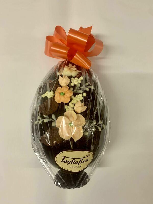 Uova di Pasqua di cioccolato decorate