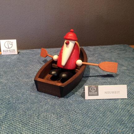 Bjoern Koehler Kunsthandwerk - Santa in rowing boat