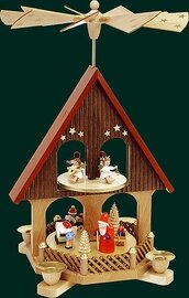Glaesser - Pyramid  2-tiers Christmas Gifts Ceremony
