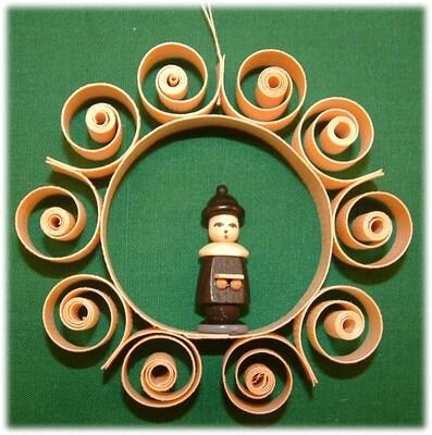 Johanness Heidrich - Tree Ornament with choir boy, black and book