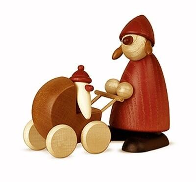 Bjoern Koehler Kunsthandwerk - Mrs. Santa with baby carriage