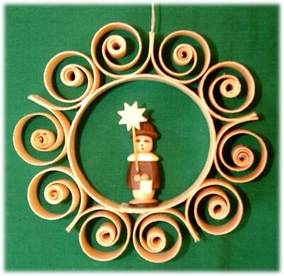 Johanness Heidrich - Tree Ornament natural wood tone