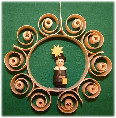 Johanness Heidrich - Tree Ornament choir boy, black with star