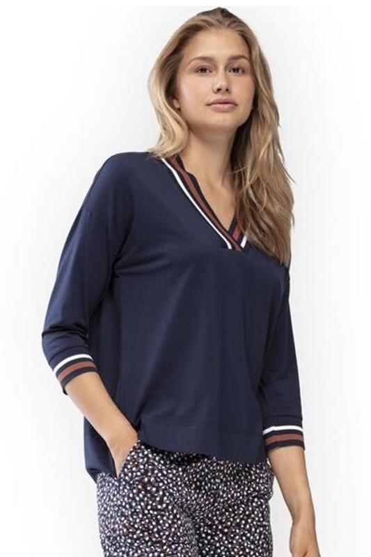 Mey pyjama met 3/4 mouw 7/8 broek en V-hals Nadja