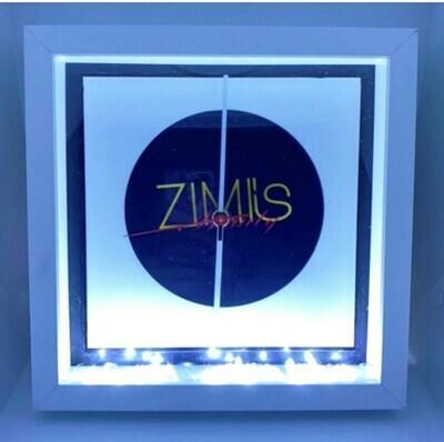 Rahmen mit Uhr und Licht